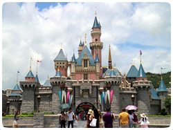 fantasyland_attraction1