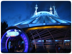 tomorrowland_attraction1